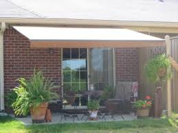 Retractable Awning With Screen Retractable Awnings Carports Louisville Car Port Ky Window