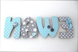 lettre chambre bébé chambre deco lettre en bois déco chambre bébé