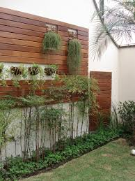 painel madeira plantas utilidades pinterest gardens