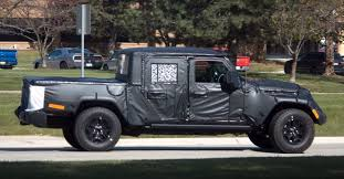jeep truck spy photos jeep wrangler pickup only midsize truck with open top solid axles