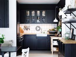 travailler en cuisine cuisine bien choisir plan de travail femme actuelle