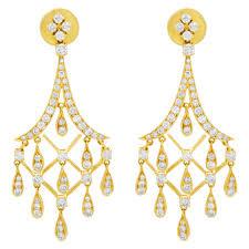 diamond chandelier earrings s516250 hanging diamond chandelier earrings in 18k yellow gold