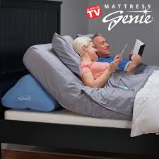 wedge bed pillows mattress genie adjustable bed wedge pillow for elevating the head
