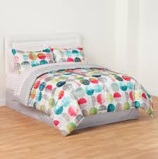 Bed In A Bag Sets Full by Essential Home 8 Piece Complete Bed Set Polka Dot Home Bed