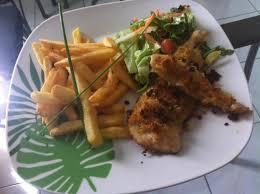 cuisiner filet de poulet recette filet de poulet pané frites et salade 750g