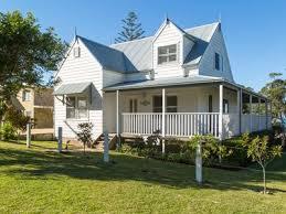hyams beach accommodation from australia u0027s 1 stayz