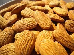 Minyak Almond manfaat minyak almond untuk kecantikan kulit
