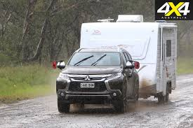 mitsubishi pajero sport 2017 mitsubishi pajero sport exceed tow test video review 4x4