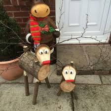 Outdoor Christmas Decorations Wooden Reindeer by 8 Creative Diy Outdoor Christmas Decorations To Light Up Your Home