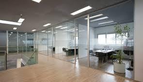 bureau vitre les cloisons vitrées bord à bord toute hauteur espace cloisons alu