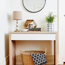 Entrance Hall Table by Makeover Your Home Entrance In Under An Hour