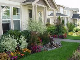 Garden Landscaping Ideas For Small Gardens Front Yard Landscaping Ideas Ranch House Yard Landscaping Etal