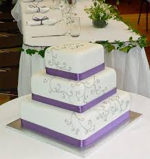 square wedding cakes best 25 square shaped wedding cakes ideas on