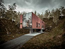 houses built on slopes good cantilevered home build on steep slopes by ca 1100x733