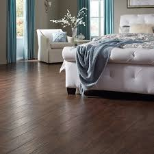 Tacoma Oak Laminate Flooring Rock Creek Is A Rustic Yet Refined Hardwood W A Subtle