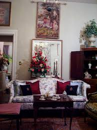 Victorian Style Living Room by Eye For Design Victorian Style Living Room