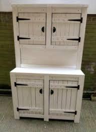 Kitchen Recycled Pallet Ideas - Kitchen cabinet with hutch