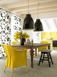 küche gelb wohnen mit farben ausdrucksstark küche in gelb und schwarz