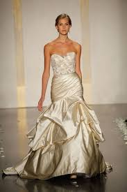 gold wedding gown be chic
