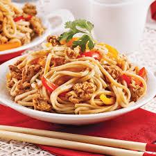 comment cuisiner des nouilles nouilles udon au poulet à la sauce teriyaki soupers de semaine