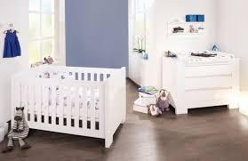 chambre bébé design pas cher lit bébé design bebe caravan jaune baby moderne pas cher plexiglas