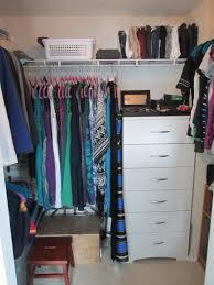 organizing shirts in closet closet organization updated femalefashionadvice