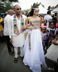 wedding dress traditions bridesmaid groomsmen wedding africans