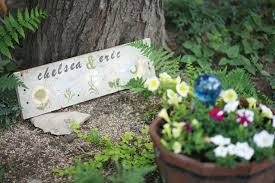 chelsea u0026 eric backyard picnic wedding cleveland heights oh
