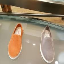 ugg boots sale san diego ugg 16 photos shoe stores 7007 friars rd vista san