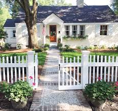 Cute House by We U0027d Choose A Cute Little Cottage With A White Picket Fence Over A