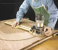 how to make a round table can any one of the store help me to cut a wooden board as round and