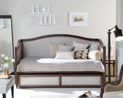 What Is Size Of Queen Bed Daybed Bedroom Daybeds Double Queen Size Daybed Also Bedroom