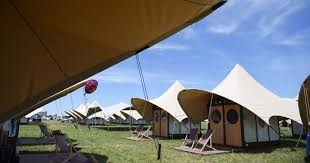 bonnaroo 2016 most outrageous tent setups at the farm