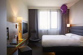 house design exles uk hotel moxy london excel uk booking com
