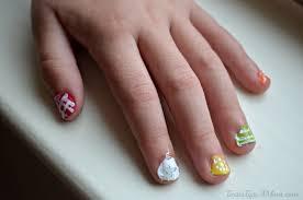 color blocking polka dot nails tutorial