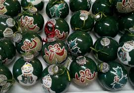 homemade glass ball ornaments 7 steps