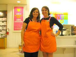 Barnes And Noble Employee Barnes And Noble Employee Uniform Cashier Change Stock Photos Images