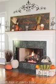 40 thanksgiving mantelpiece decor ideas digsdigs 40 thanksgiving