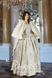 renaissance wedding dresses style wedding gowns view the exquisite collection now