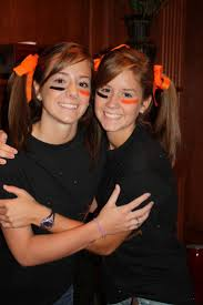 twins halloween costume idea 50 best twin day ideas images on pinterest twin day costumes