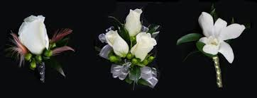 corsage and boutonniere for prom prom and homecoming corsage and boutonniere florist prom and