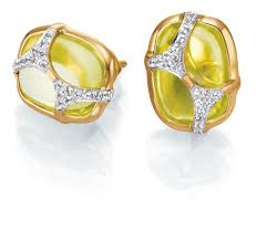 gold ear studs iva 2 gold ear studs with peridots and diamonds tanishq the