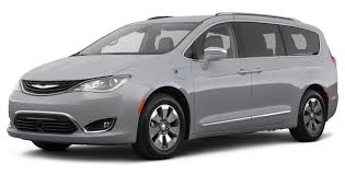 amazon com 2017 chrysler pacifica reviews images and specs
