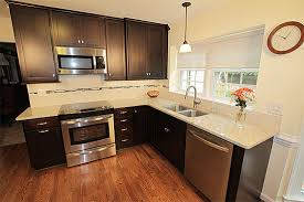 oak kitchen cabinets pictures oak kitchen cabinets kitchens with oak cabinets accent