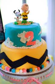 kara u0027s party ideas chic charlie brown snoopy themed birthday party