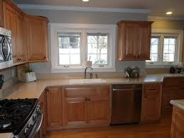 maple cabinets with dark counters mom and dads kitchen paint 4 yr old maple kitchen cabinets