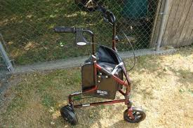 senior walkers with wheels 3 wheel rollator reviews the most reliable and durable models in 2017