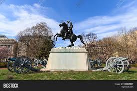 andrew jackson statue cannons president u0027s park lafayette square