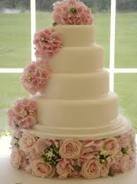 bespoke wedding cakes handmade by beautiful bespoke wedding and birthday cakes