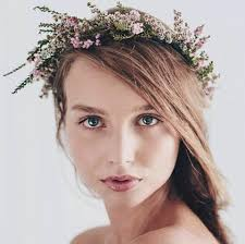flower crowns brides who are planning on wearing a flower crown weddingplanning